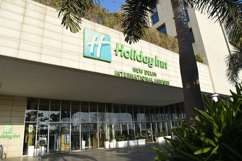 Holiday Inn New Delhi International Airport, West