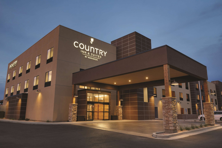 Country Inn & Suites by Radisson, Page, AZ, Coconino