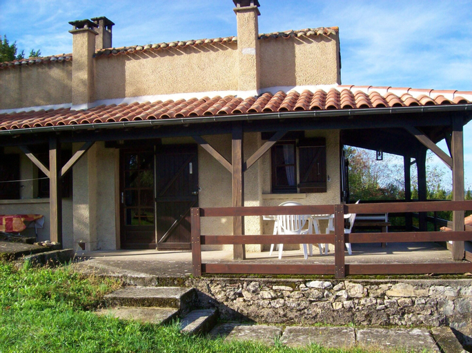 House With one Bedroom in Puy-l'évêque, With Wonderful City View and F, Lot