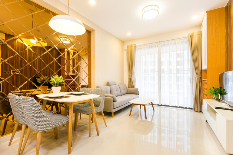 Compact Residence, Quận 4