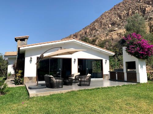 Casa de Campo Club Santa Rosa de Quives, Canta