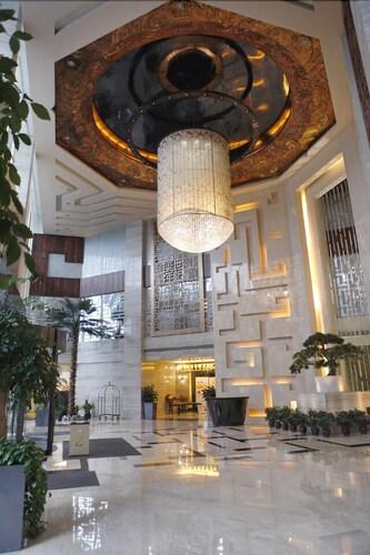 Yannian Century Hotel, Changsha