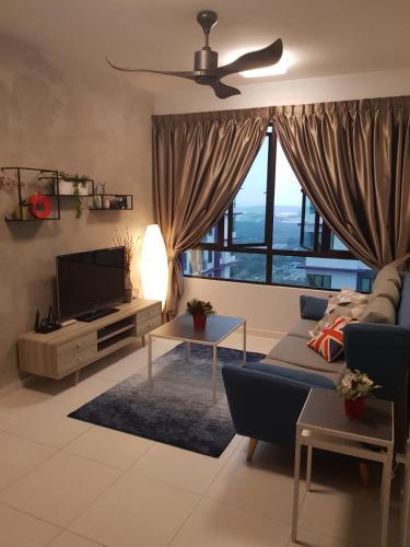 Top Sky Living@The Heights Residence/6-8pax*WIFI*, Kota Melaka