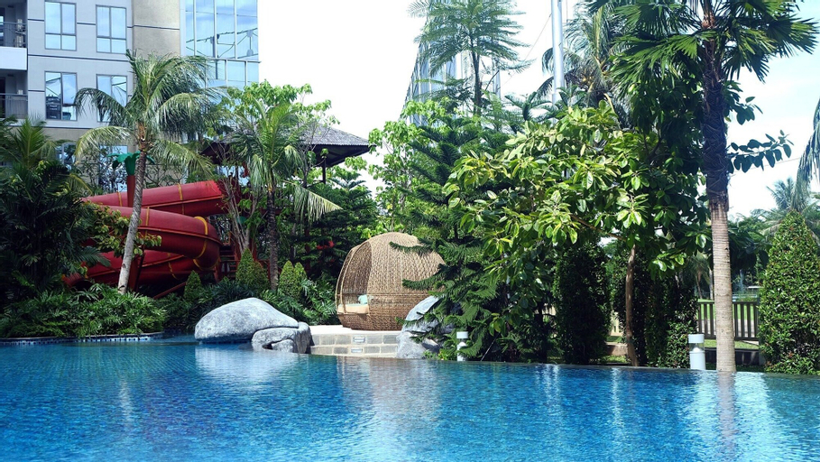 Huge The Mansion Tower Capilano Apartment, North Jakarta