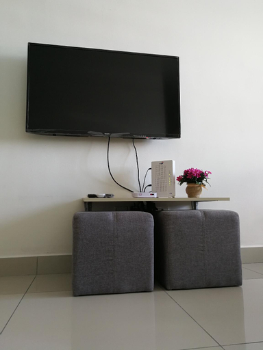 #3B2R #WIFI Cozy Apt Opp. #SPICE HomeStay, Barat Daya