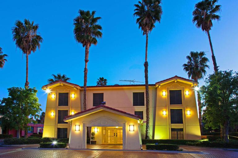 Super 8 by Wyndham San Bernardino, San Bernardino