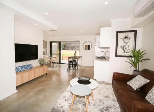 Ashburton Apartment, Fremantle