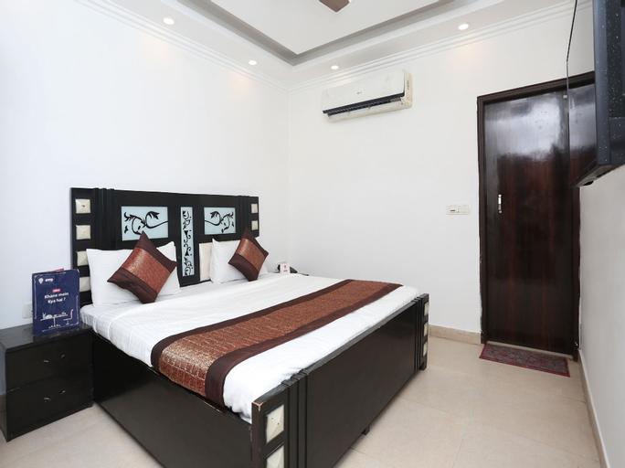 OYO 12779 5 seas Hotel and Banquet, Gautam Buddha Nagar