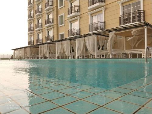 Champs Elysees Hotel - 10-06, Kinta