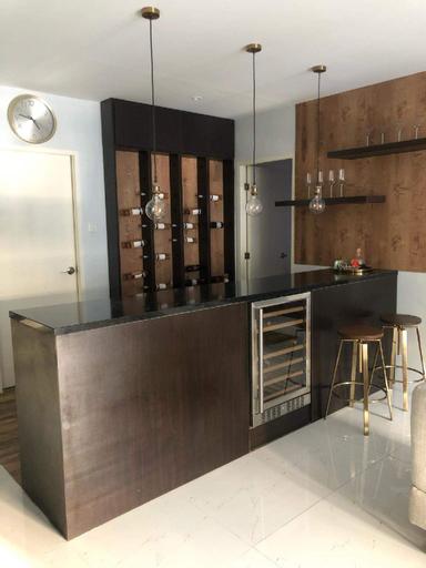 Cozy,Luxury 4Bedroom Apartment in Greenwoods Pasig, Cainta