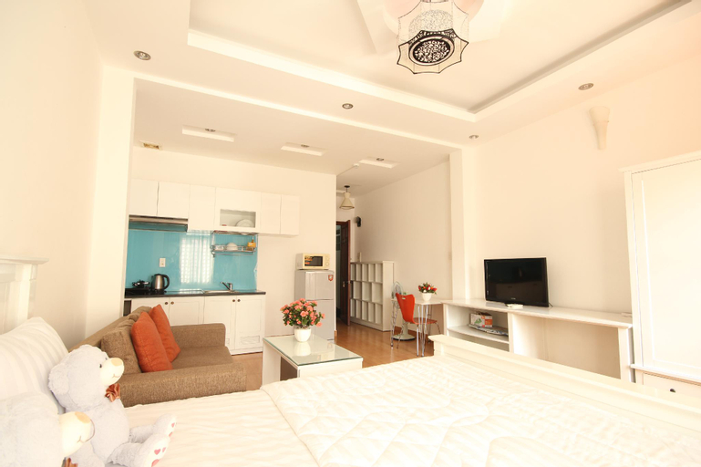 Smiley Apartment 3- 201 Seviced studio Apartment with balcony, Quận 1