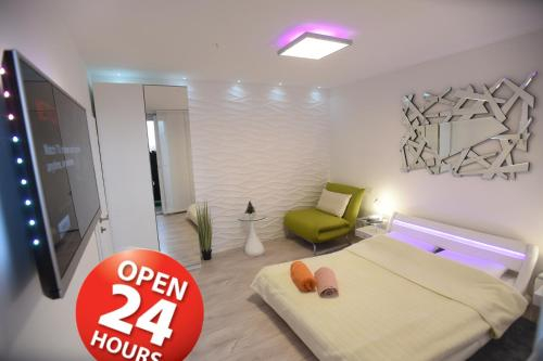 Apartment Wave - Infrared Sauna, Rainfall shower, Parking with video surveillance, Entry with PIN 0 , Slavonski Brod