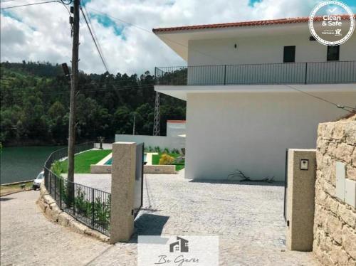 ERMAL HOUSE, Vieira do Minho