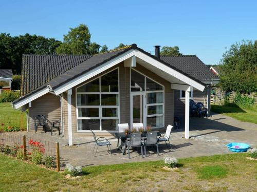 Three-Bedroom Holiday home in Sjølund 3, Kolding
