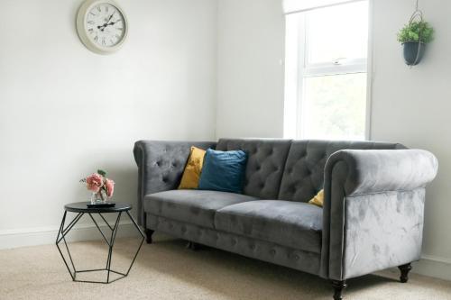 Gillingham Centre Modern Apartment, Medway