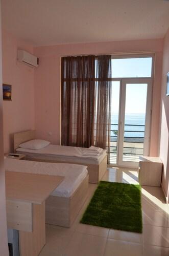 s bakuri hotel, Batumi