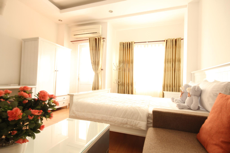 Smiley Apartment 3- 101 Seviced studio Apartment with balcony, Quận 1