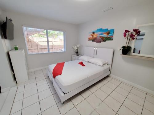 Private Suite near everything FREE parking, Broward