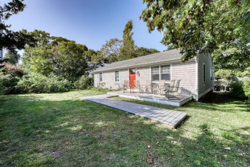 Winthrop Cottage, Dukes