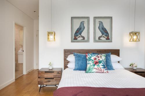 Modern 2 bedroom Apartment in the Heart of Burwood, Burwood