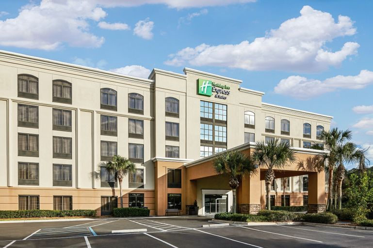 Holiday Inn Express & Suites Jacksonville SE- Med Ctr Area, an IHG Hotel, Duval