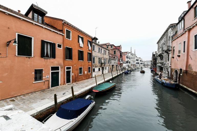 Bluesky, Venezia