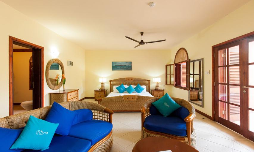 Castello Beach Hotel,
