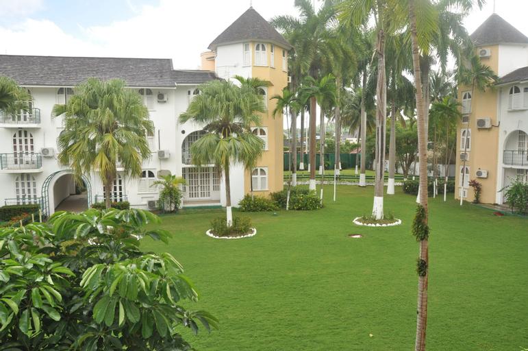 Palm View Apartments at Sandcastles Resort Ocho Rios,