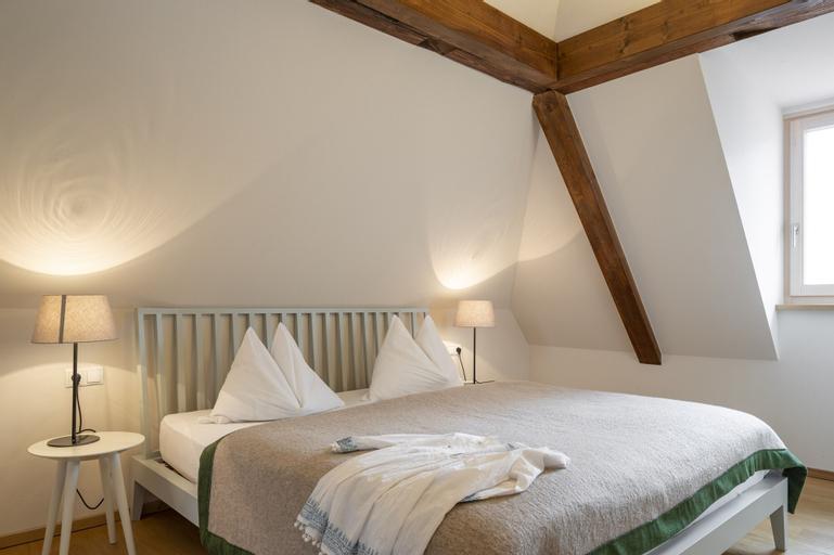 Der Ladurnerhof - Wohnen am Weinberg, Bolzano