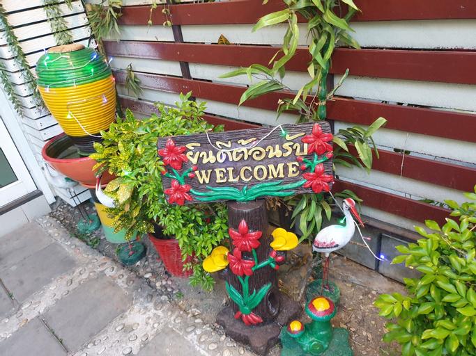 Friend's House Resort, Muang Pathum Thani
