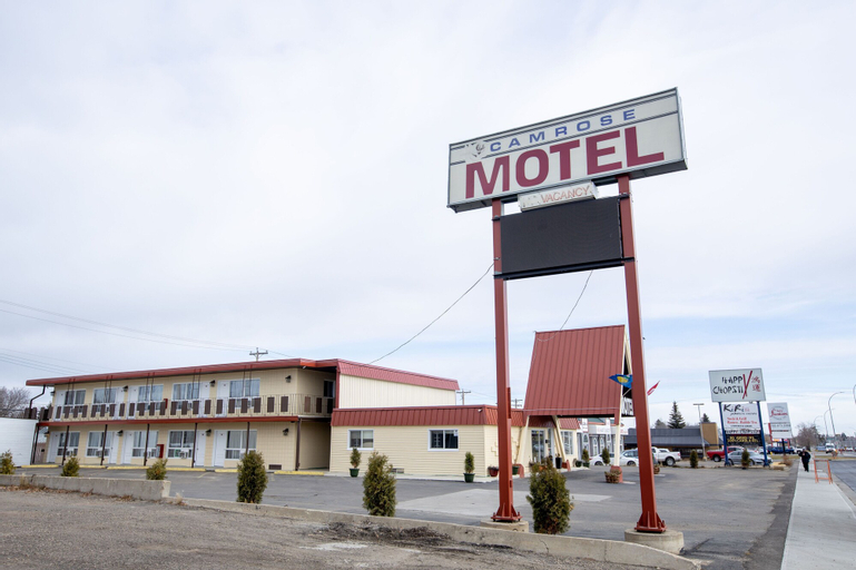 Camrose Motel, Division No. 10