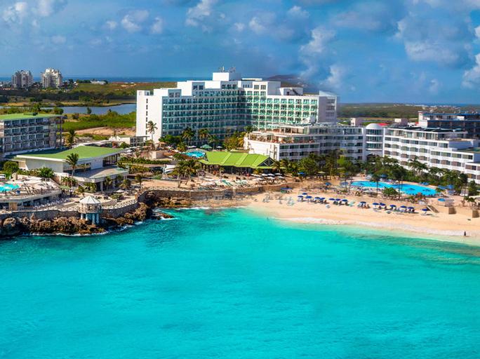 Sonesta Maho Beach Resort, Casino and Spa,