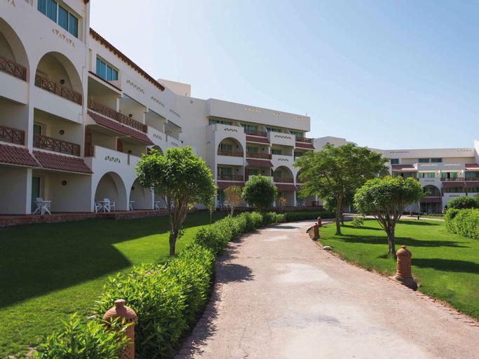 Movenpick Resort Taba, Taba