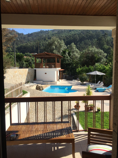 Villa With Private Pool, Amares