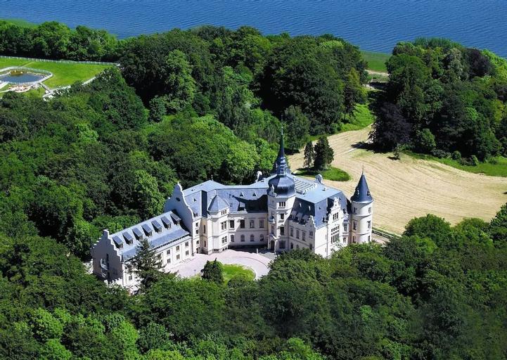 Schlosshotel Ralswiek, Vorpommern-Rügen