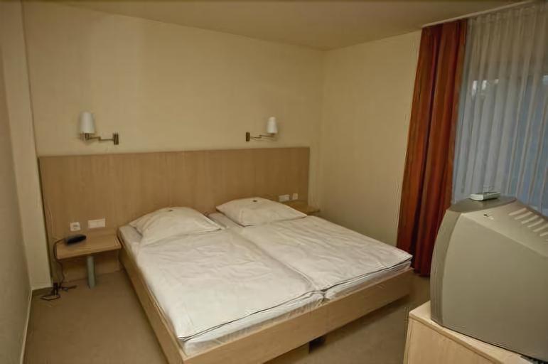 Hotel Manu, Paderborn