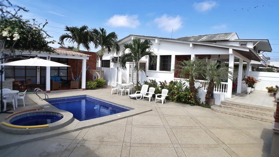 Cesar's House Salinas Home Rental, Salinas