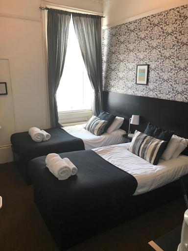 Chedburgh Bed & Breakfast, North Tyneside