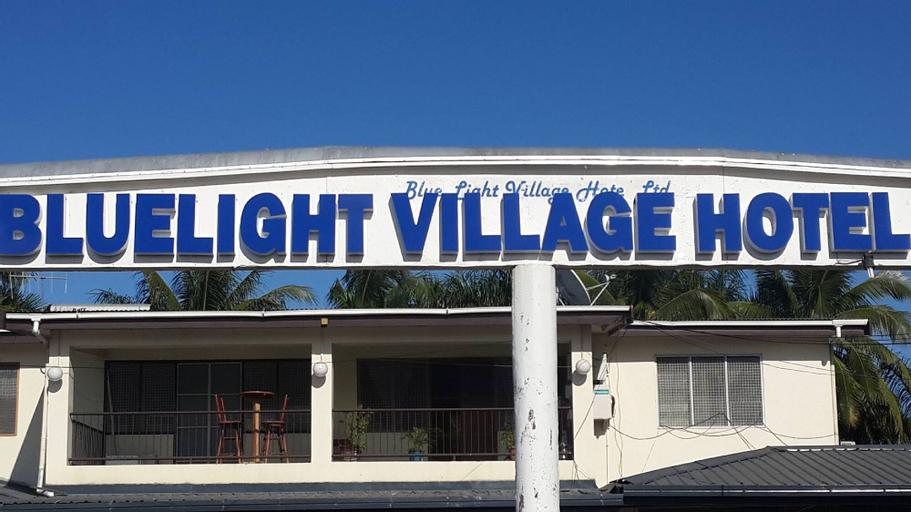 Blue Light Village hotel, Ba