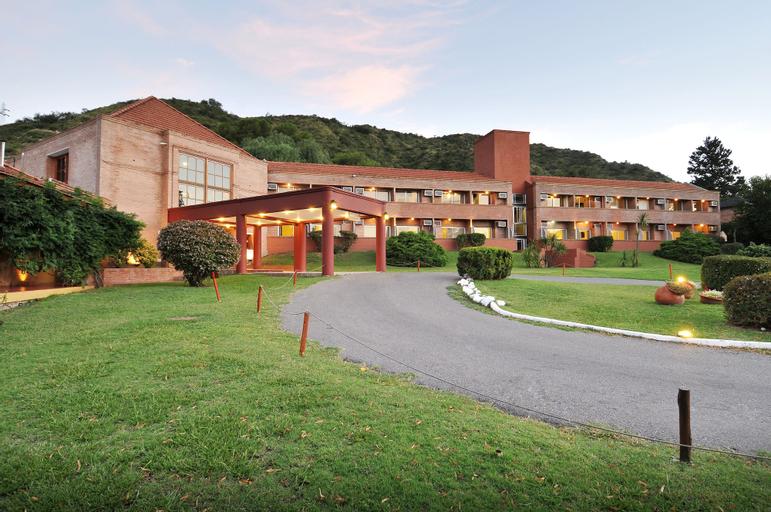 Hotel Pinares Del Cerro, Santa María