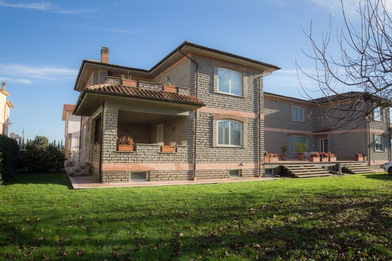 La Casa di Sofia Monterosi, Viterbo