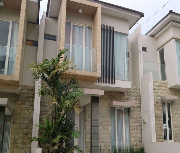 Villa Adi Kusuma Anggrek 4, Malang