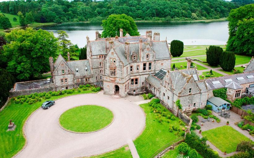 Castle Leslie Estate,