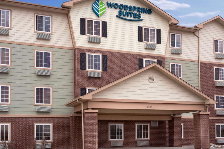 WoodSpring Suites Loveland, Larimer