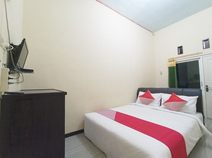 OYO 3298 Bromo Guest House Family, Malang