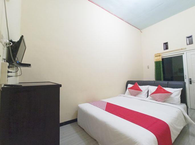OYO 3298 Bromo Guest House Family, Malang