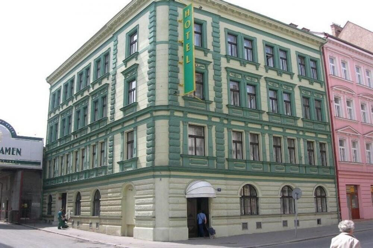 La Boutique, Praha 5