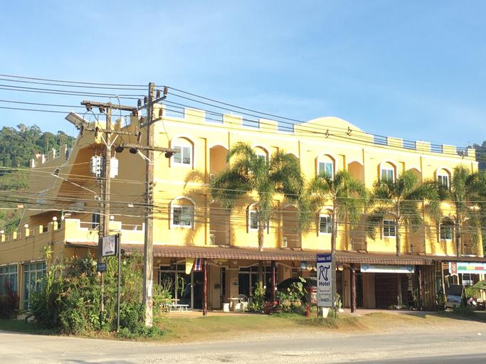 R.T. Hotel, Takua Pa