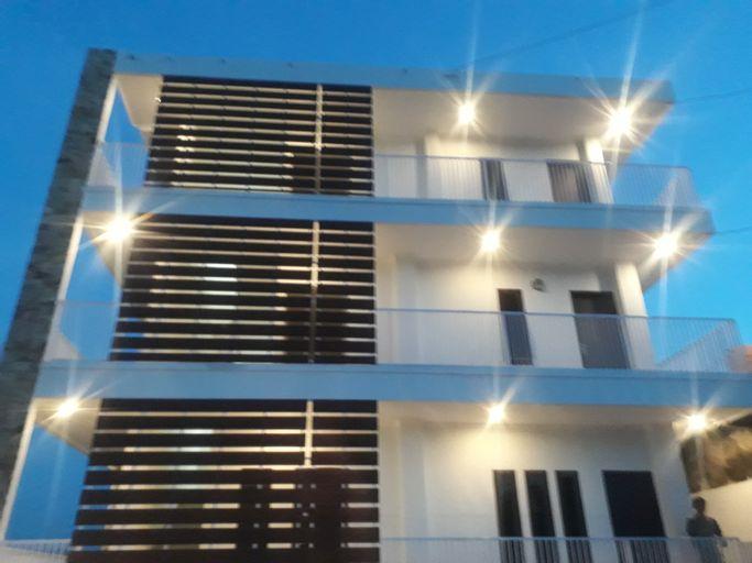 Paving Residence Manado, Manado