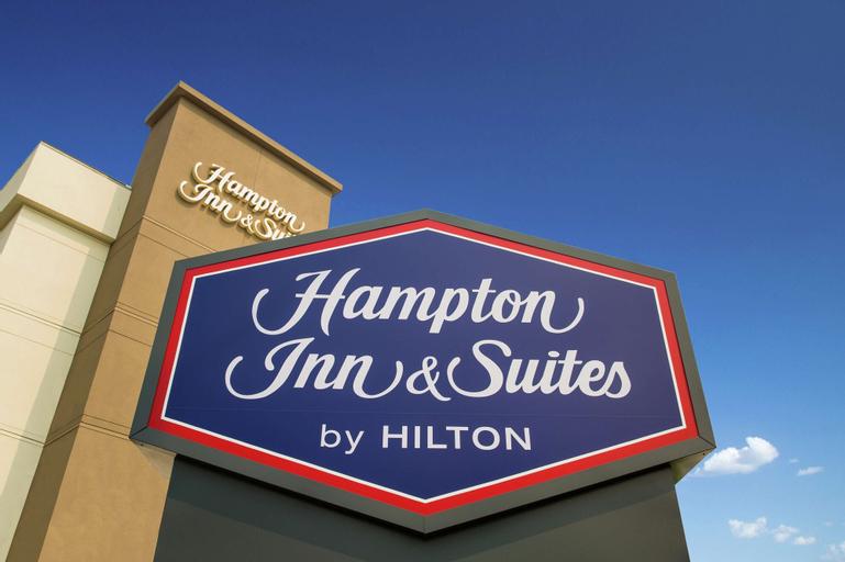 Hampton Inn & Suites Seattle-Downtown, King
